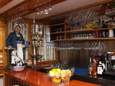 Lodní bar