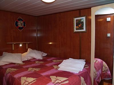 2lůžková kajuta - manželská postel