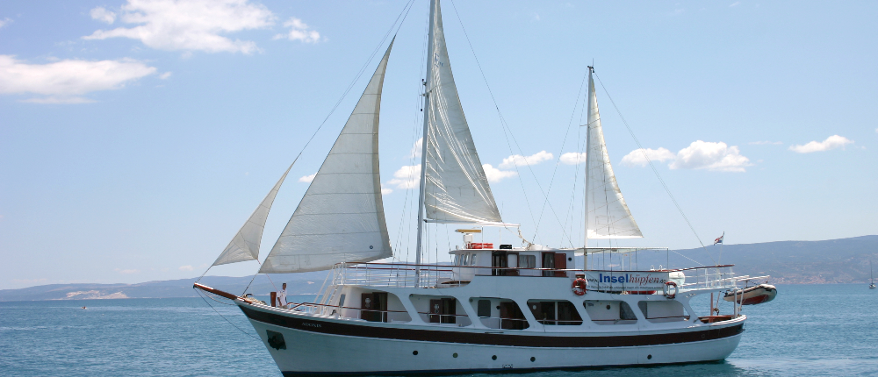 Motorová loď Adonis