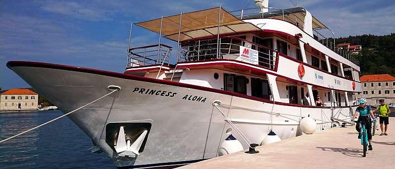 Motorová loď Princess Aloha